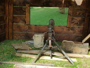Reconstitution Camp US Poste de tir