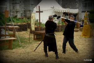 A Tous Les Temps Démonstration combat épée à deux mains